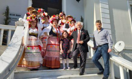 Έλαμψε η Εξωραϊστική Λέσχη Βόλου  στην  κοπή της πίτας των Ελασσονιτών στο Βόλο –  Ο Όλυμπος συνάντησε την Κέρκυρα σε μια φαντασμαγορική εκδήλωση την Κυριακή 17 Φεβρουαρίου 2019 γεμάτη χρώματα Ελλάδας